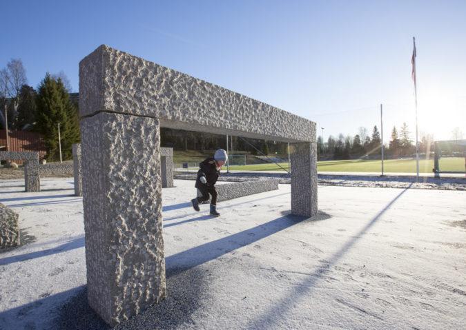 Trampolinepark og «Stonehenge» på Jesperudjordet